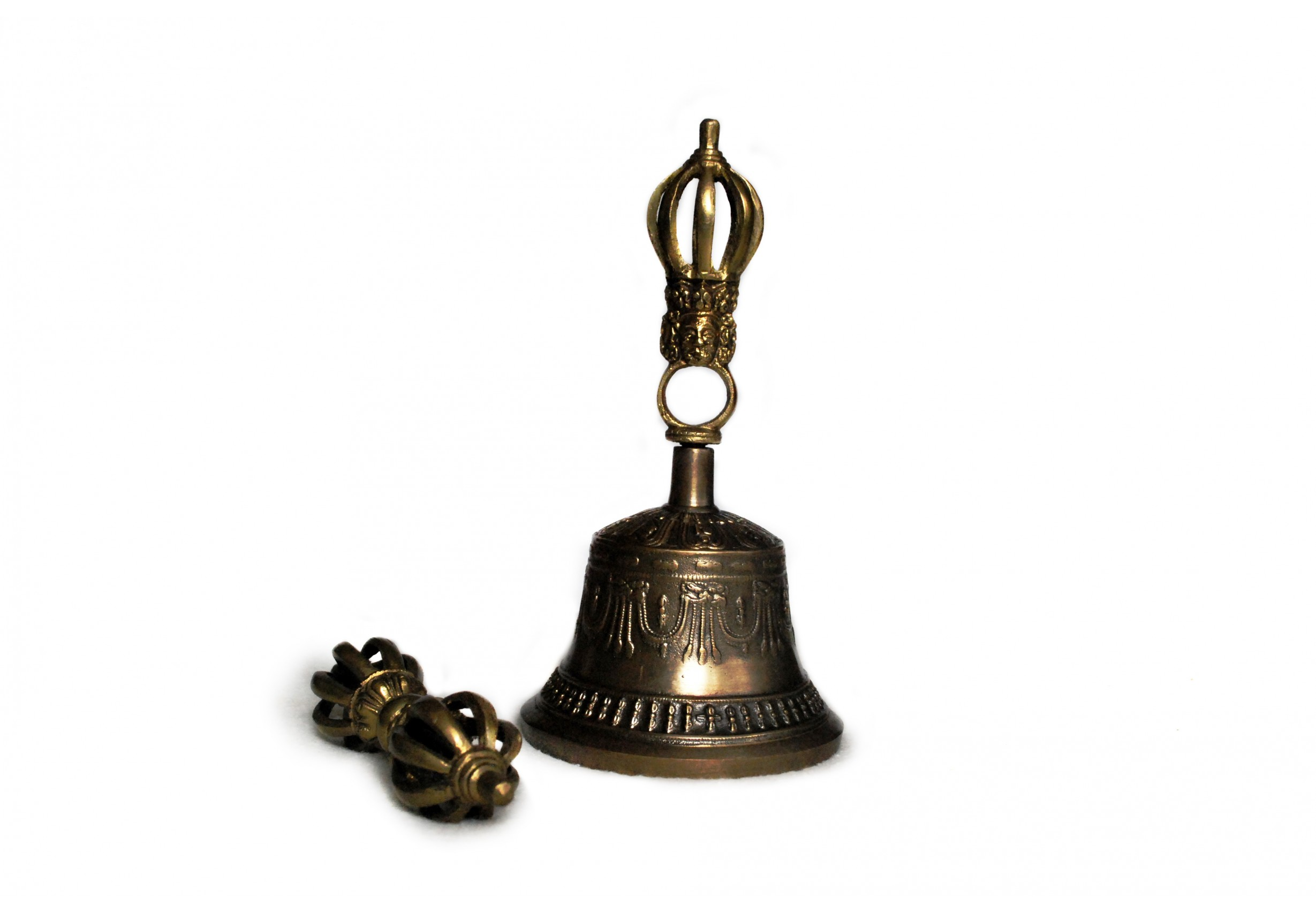 Тибетска камбанка и дордже